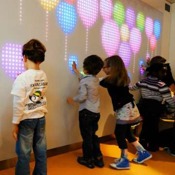 NYOYN's Interactive Wall of Light