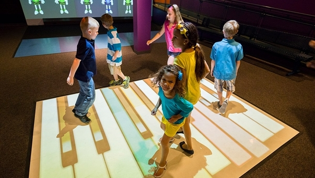 Eyeplay Interactive Floor Encourages Natural Motion And